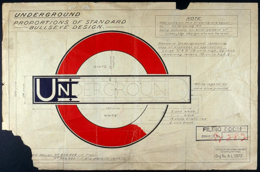 London Underground Logo drawing